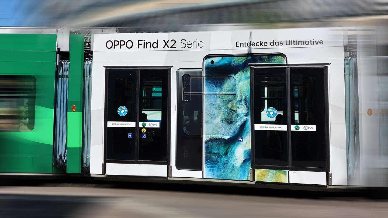 Oppo Tramwerbung & -Beschriftung Türen